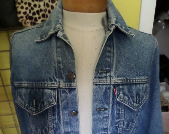 Vintage 80's Levi's jean jacket with all the right fading 33 Made in the USA