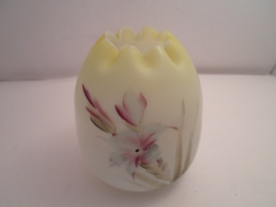 """Antique Satin Glass Victorian Hand Painted Egg Shape Crimped Rose Vase Pale Yellow to White Hand Blown Farm Fresh Decor 5"""" Desk top Chic"""