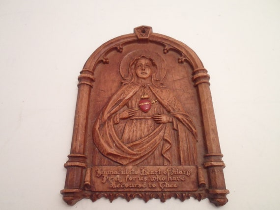 Vintage 1950 Syroco Wood Plaque Sacred Heart of Mary Red Exposed Heart Promise in Print Made in USA Spiritual Gothic Christian Catholic