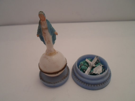 Vintage Mary Mother of Christ Immaculate Conception Mini Statue has Secret Compartment with Rosary inside rare to Find Made in Italy
