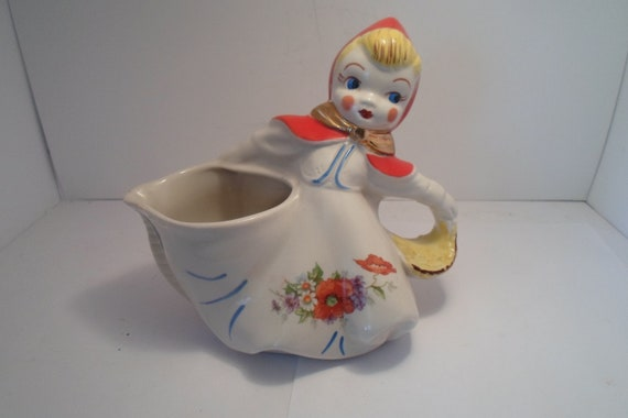 Antique Original Hull Little Red Riding Hood Batter Pitcher Stunning Condition not a reproduction Cottage Chic Farm House Ready