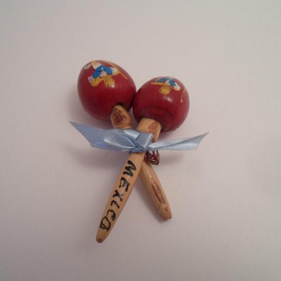 Vintage Hand Painted Miniature Wood Maracas Mexican Folk Art Musical Rhythm Instruments Tiny Pin back souvenir