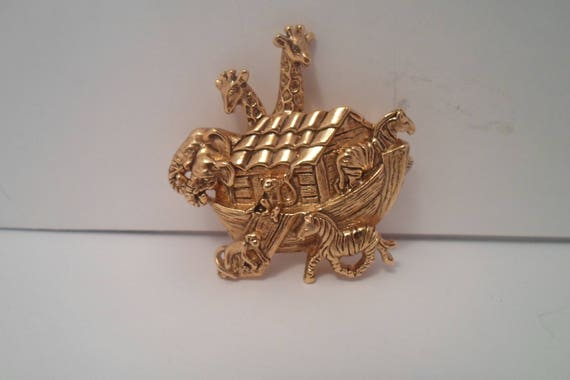 Vintage Arc of Animals Noah's Biblical Tale Brooch Pin Two by Two Giraffe,Zebra,Elephant Monkey Protect from Flood