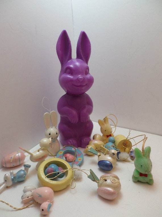 cute 70's-90's lot of vintage Easter things candy container rabbit, mini wood ornaments, crafts, felted rabbits minis