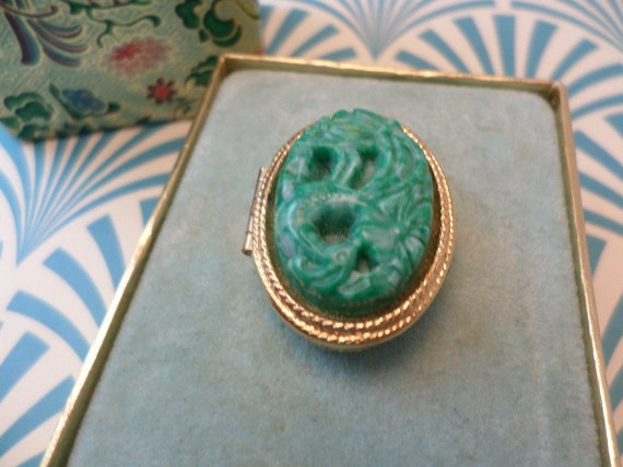 Vintage 70's Avon New old stock faux Jade carved ring locket perfume or picture