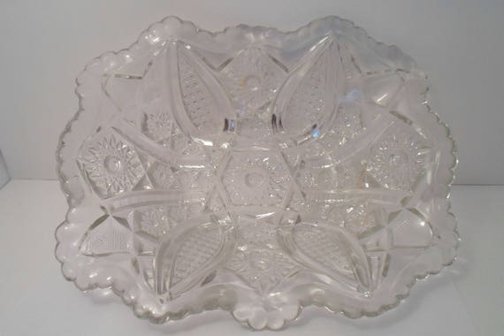 American Pattern Glass Victorian Press Cut Fluted Rectagle Bowl Beautiful Polished Elegant