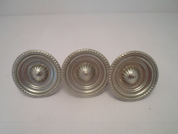 3 Pewter Silver Tone Metal Cabinet Drawer Door Hardware Pulls Bead Shell design Kitchen Bath or Chest
