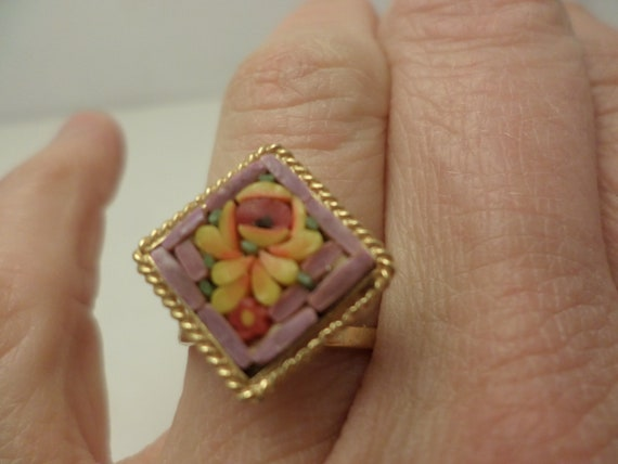 Darling authentic mosiac stones ring Vintage 60's Italy souvenir