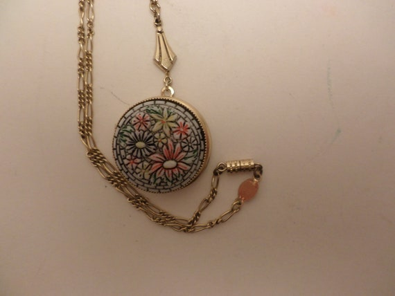 Kitsch Vintage 80's Faux Mosiac locket by 1928 brand necklace