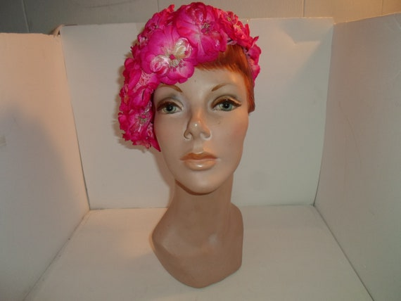 Vintage 1960's Mid Century Cloche Flower Hat Beautiful Pretty in Pink Flower Power Stretch On Cap Hat French Inspired