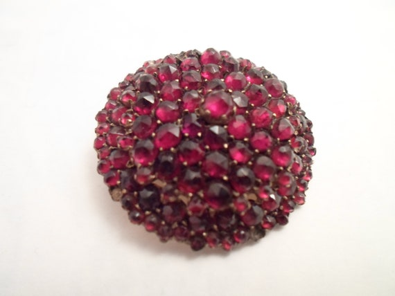 Antique Victorian Edwardian Rose Cut Bohemian Garnet Pin Brooch Gold Gilt Sterling Multi Faceted and Size Stones produces Domed Brilliance