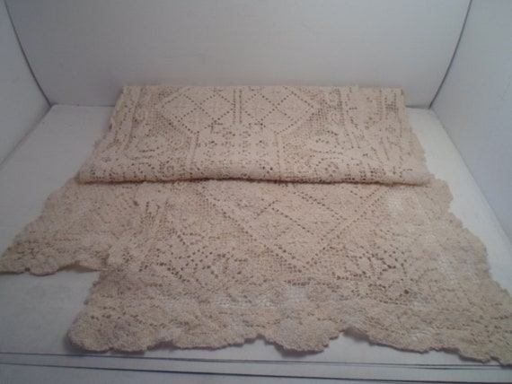 Antique Art Deco Mondao Needle Work Long Piano Scarf Table Runner Dresser Top Beautiful Pattern Cottage ready