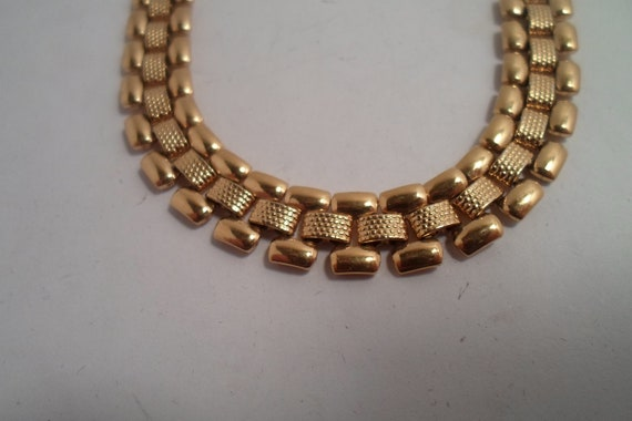 Vintage 80's Monet Flat Gold Chain Link Necklace Chic Design Textured and Smooth Links Gift or Selfie Smart Design