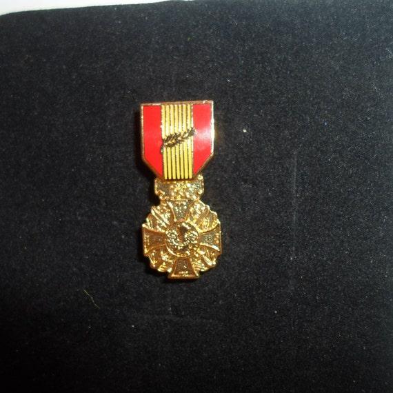 "Vintage Vietnam War Brass Hat or Lapel Medal  1""long Mini Award Medal collect or re purpose"