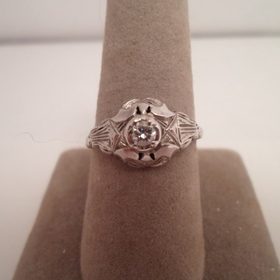 Antique Original Art Deco 12k White Gold Diamond Ring Beautiful Setting Engagement Wedding Anniversary Ring Stunning