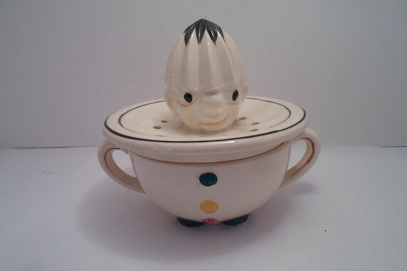 Vintage 1930 Ceramic Clown Juice Reamer Orange Lemon Citrus Breakfast Table Ready Farm to Table Juice Nice Bar item