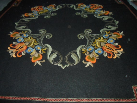"Antique Vintage Crewel Work Wool Cover Coverlet Shawl Textile Maximum Detail Excellent Workmanship 54"" x 54"" Excellent Outstanding"