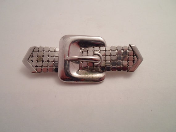 Vintage 1960 Mid Century Mesh Belt Buckle Pin Brooch Bar Pin unusual Cool Bright Silver Chrome Art Deco Design
