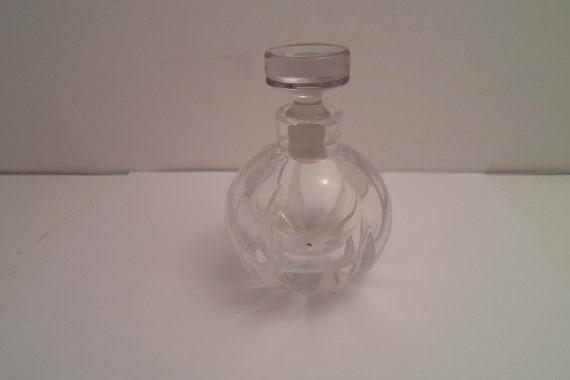 Vintage Highly Polished Crystal Acid Etched Bulbous Heavy Perfume Vanity Bottle Ground Stopper Stunning Design