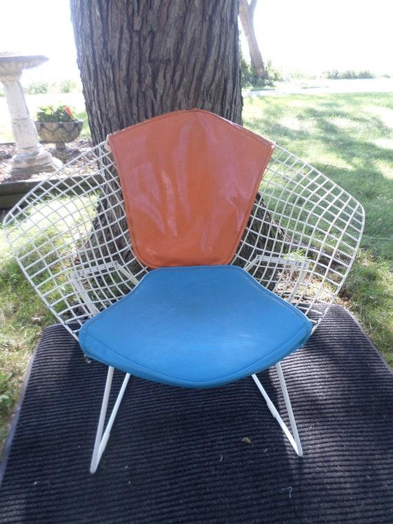 Vintage 70s Harry Bertoia for Knoll MCM diamond winged white, orange blue cushions