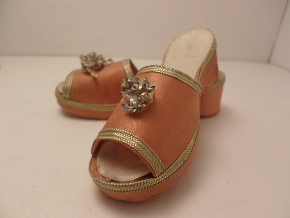 """Vintage collectable MCM satin slippers sandals 1950's 4"""""""