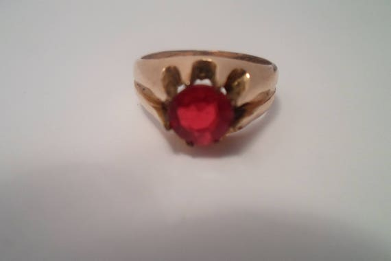 Antique Victorian Edwardian Solitare Garnet 8 prong ring Ruby red stone Beautiful clarity Unisex