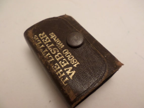 vintage 1800 words little Webster dictionary leather bound snap front souvenir of Hammond IN made Germany