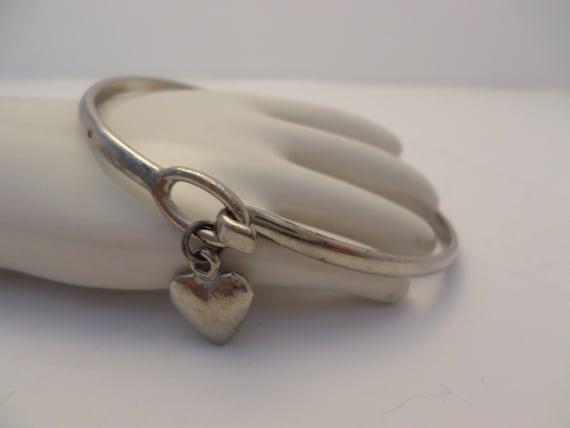 vintage 70's silver tone heart charm bracelet cuff bracelet