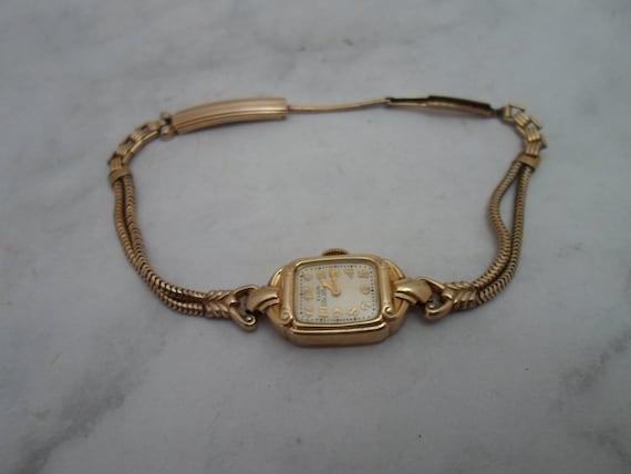 Vintage Elgin Deluxe 10kGold Filled Wristwatch Art Deco Era As Found