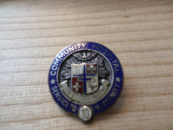 Vintage Sterling silver Community Hospital 10 Yr Service pin MORGANS