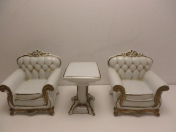 Vintage 40's porcelain chairs with table dollhouse size Made in Japan