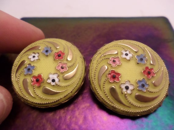 Vintage 1940s deco glass earrings clip fantastic yellow hand painted gold leaf