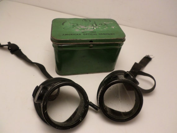 American Optical Company Googles metal box Oxweld bakelite goggles steam punk