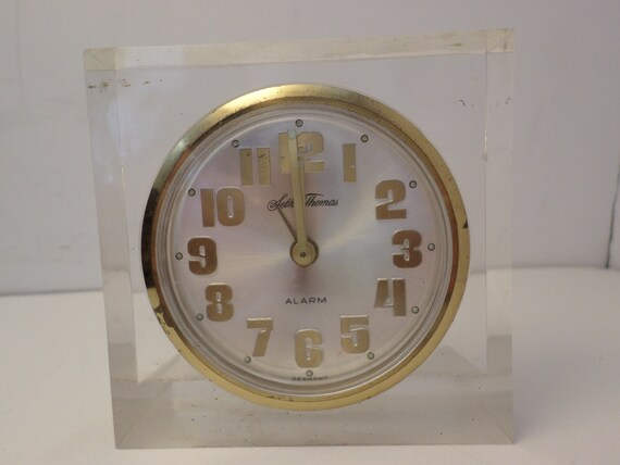 Vintage 60's Seth Thomas alarm clock lucite great style