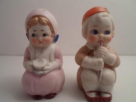 Antique Bisque Dutch Netherlands Salt and Pepper Figures Boy Girl Adorable Cuteness hand painted