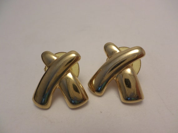 Vintage Paloma style X's earrings gold tone peirced 90's