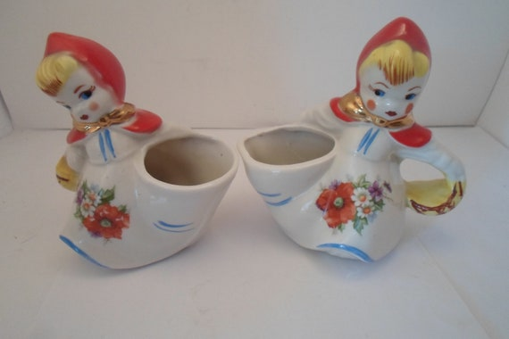 """Antique Vintage Hull Little Red Riding Hood Sugar and Creamer 5.25"""" 5.50"""" tall Beautiful Condition Farm house ready Cottage Chic Original"""