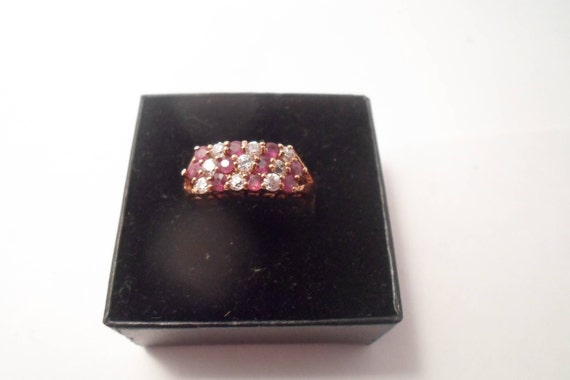 Vintage Stacked 17 Stones Garnet & Zircon Gold Plated Ring Brilliant Quality Never worn