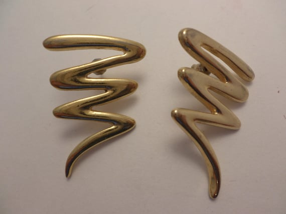 vintage 80's Paloma style squiggle earrings gold tone