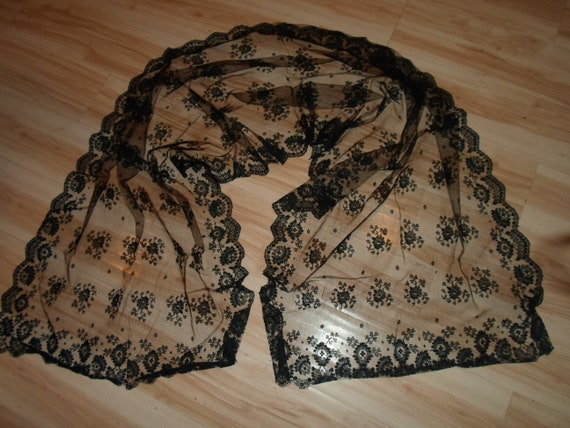 Vintage Black Lace Mantilla or Scarf Mourning Veil Chantilly Like Lace