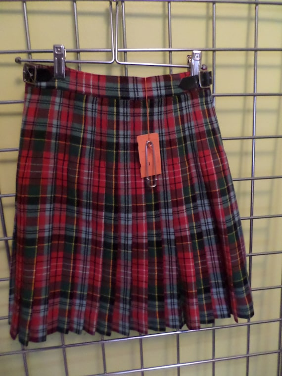 Vintage 50's NWT Bonwit Teller childs 10 kilt plaid made in England