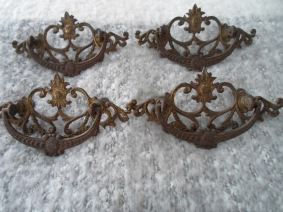 Antique Art Nouveau 4 Original Matching Cast Brass Drawer Handle Pulls Not A Reproduction Circa 1900 Cottage Chic Decorator Furniture