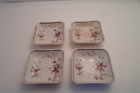 Antique Edwardian Butter Pad Dishes Salt Dips Sauce bowl circa 1891 Post Civil War for your Farm or Cottage Sushi Dip. Henry Alcock.