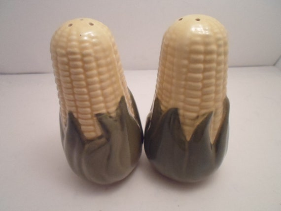 """Vintage Shawnee Corn King Salt and Pepper Shakers Large 5.25"""" Size hard to find Cottage or Farm House Cool Decor Very Good Condition"""