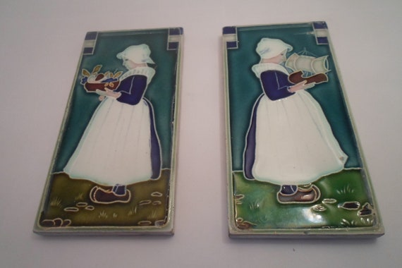 "Vintage Antique Mission Style Dutch Girls Subdued Prarie Colors Villory Boch Franklin 6"" x 3"" 1920's Stunning Exception to Ordinary"