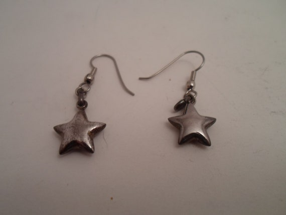 """Vintage Sterling Silver Little Star Pierced Earrings Adorable Puffy .50"""" Five Pointed Stars 1980's era"""