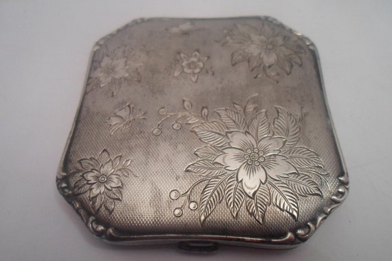 Antique Floral Etched Art Deco Era Silver Compact Original Powder Puff and Sifter Absolutely Stunning Estate Find Chicago Gold Coast