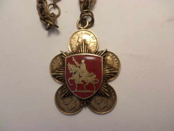 vintage 1940s Canadian coin and crest necklace smart & chic