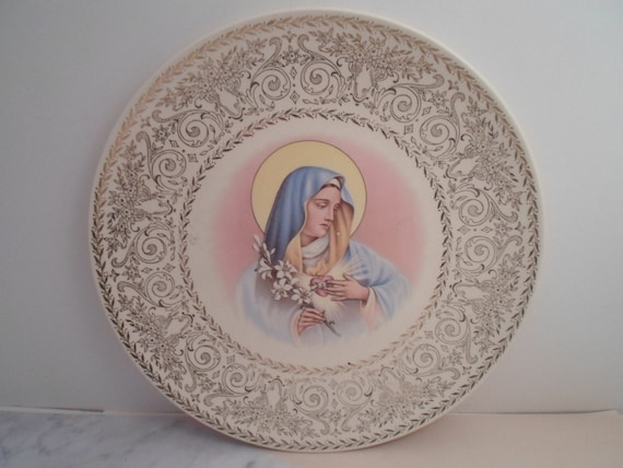 Vintage Knowles Plate Sacred Heart of Mary Virgin Mother Of Jesus Beautiful