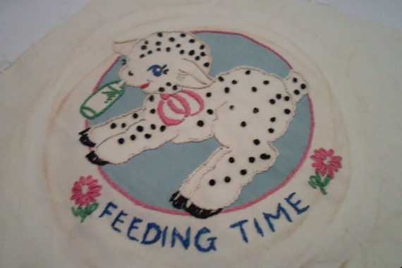 """Antique Vintage Quilt Square 9"""" x 9""""Square Embroidered Feeding Time Lamb Ready to quilt or Frame cottage or Farm chic"""